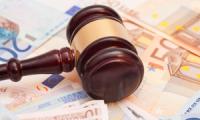 قرار قضائي:تحديد المستحقات مسؤولية كل من الزوجين عن سبب الفراق في تقدير ما يمكن أن يحكم به على المسؤول لفائدة الزوج الآخر